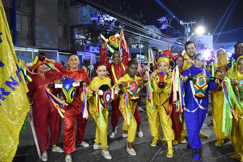 la vida es un carnaval 7 Comparsa el torito en carnaval